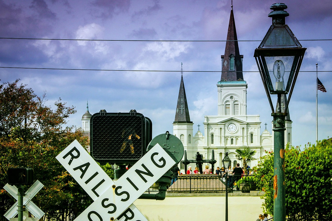 railroad,french quarter,new orleans,church,free pictures, free photos, free images, royalty free, free illustrations, public domain