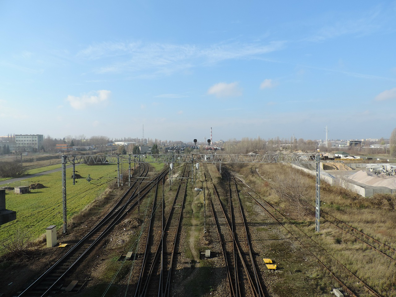 railway pkp tracks free photo