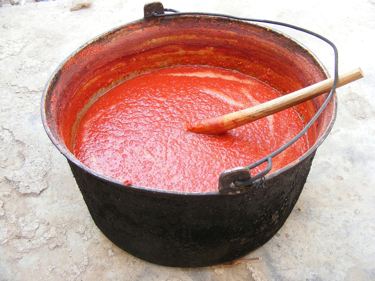 red sauce soup free photo