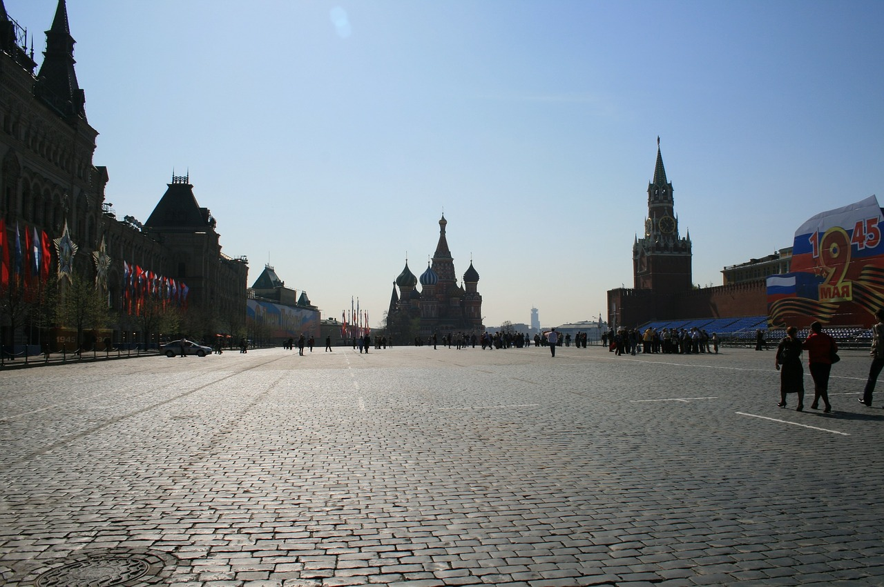 red square paving open blue sky free photo
