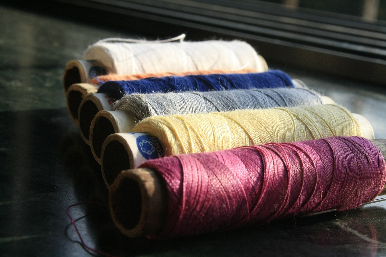 reels thread sewing free picture