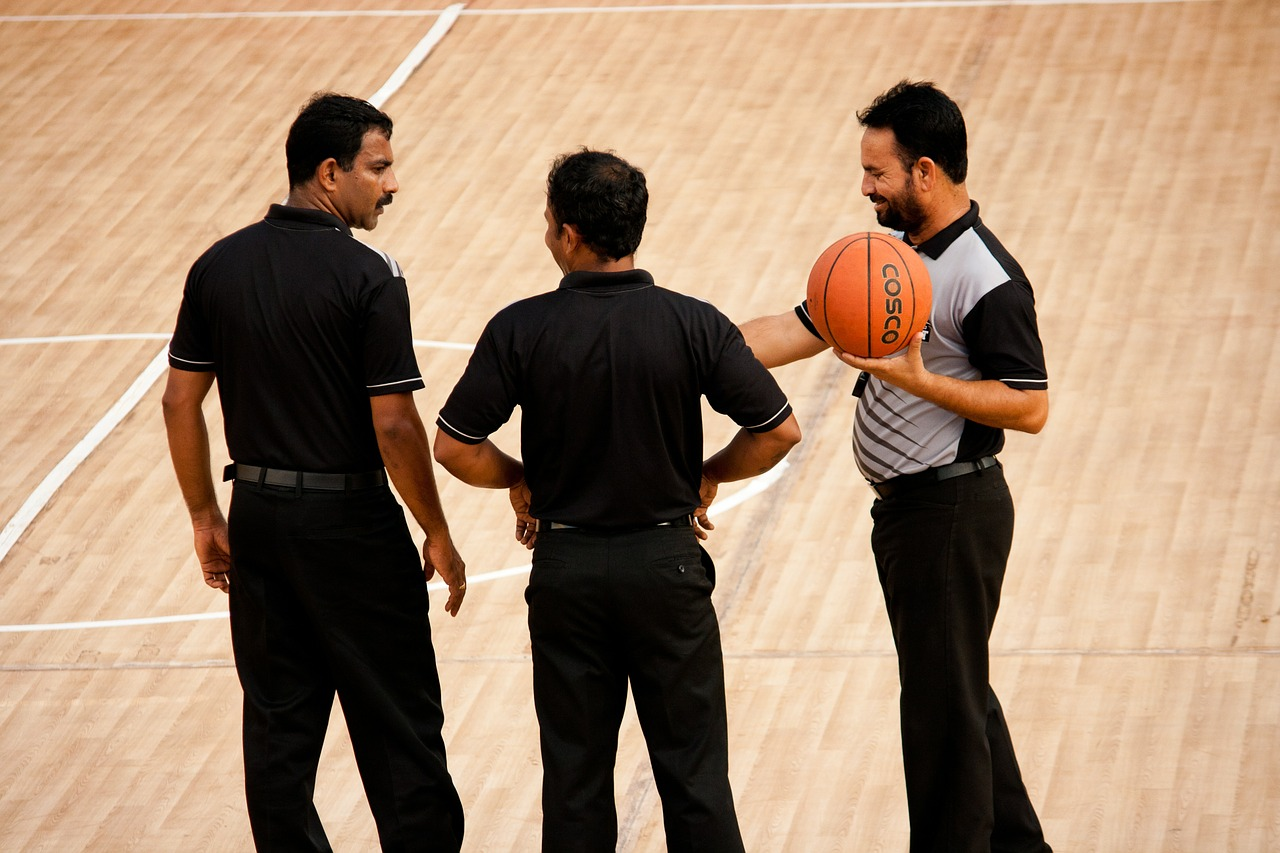 referees basketball game free picture