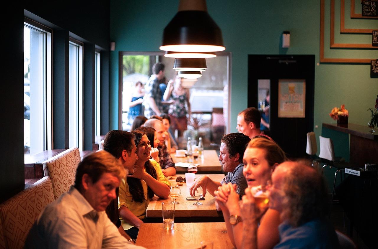 Restaurant,people,eating,socializing,socialize - free image from needpix.com