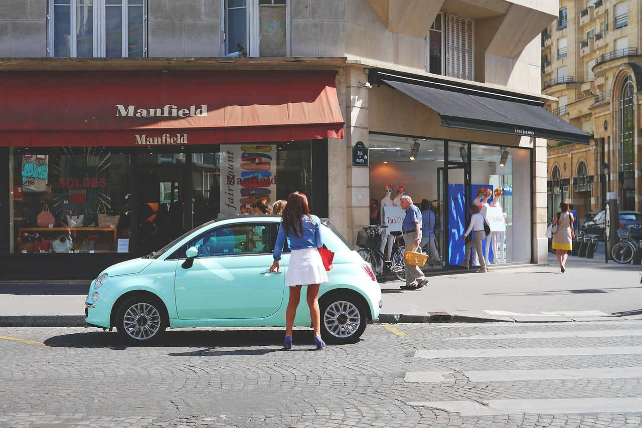 road,auto,fiat,woman,fashionable,turquoise,young,street photography,enter,chic,parisienne,paris,city life,dare,small car,shopping,human,urban,free pictures, free photos, free images, royalty free, free illustrations, public domain