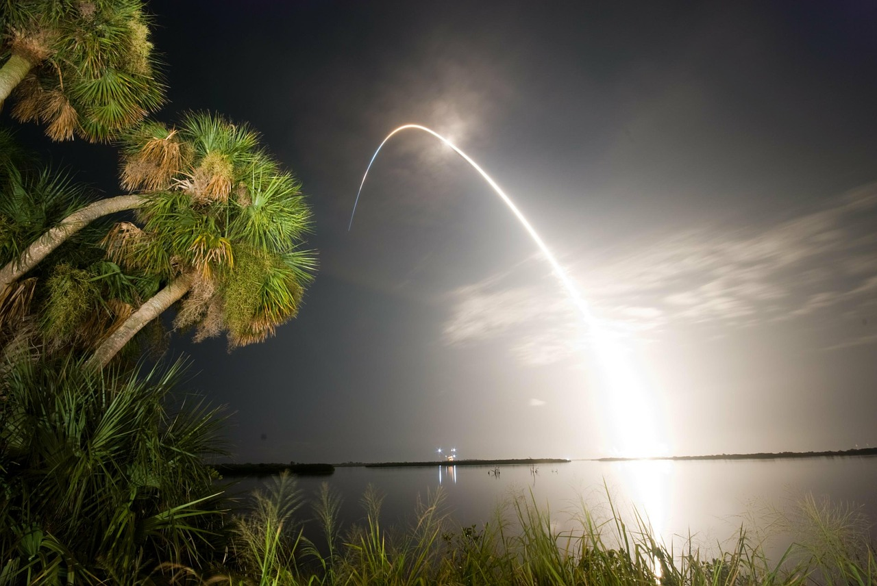 rocket lift-off liftoff free photo