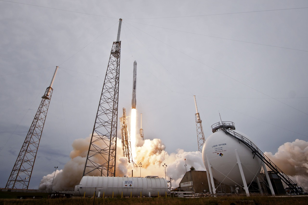 rocket launch spacex lift-off free photo