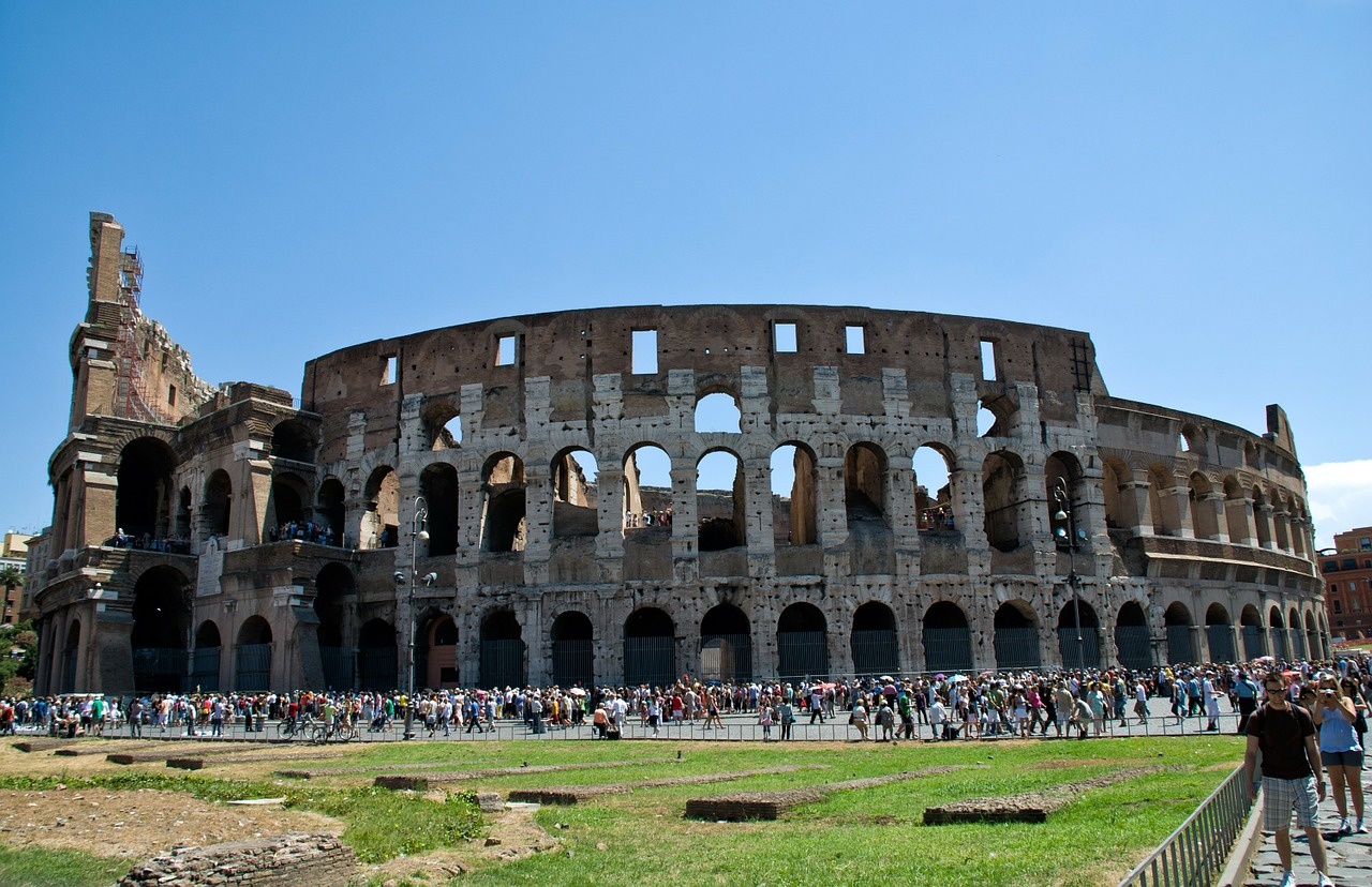rome colosseum building free photo