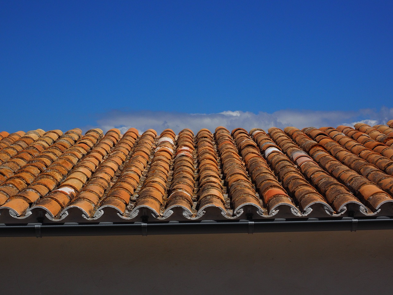 roof roofing flat roof free photo