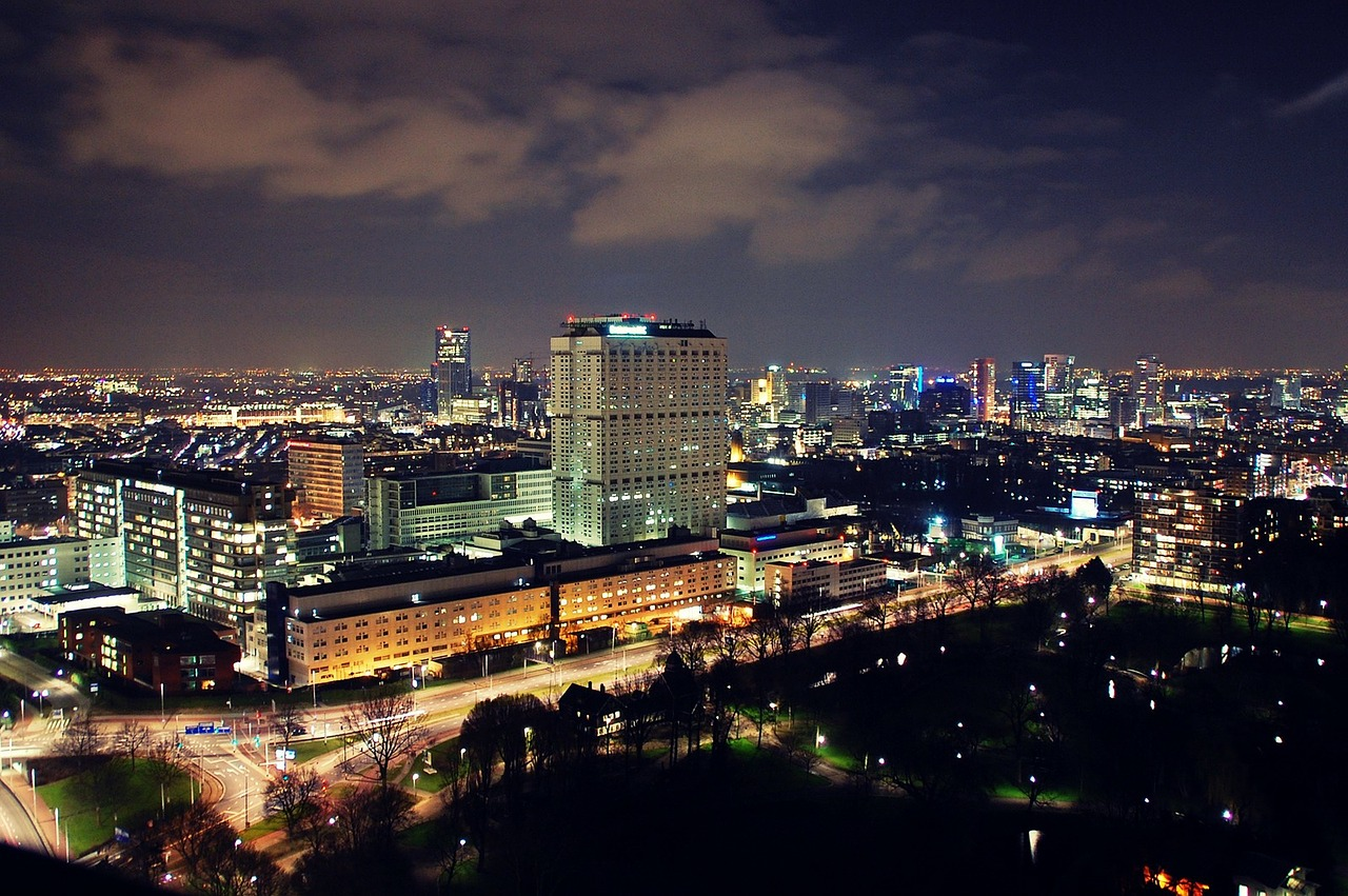 rotterdam city scape night shot free photo