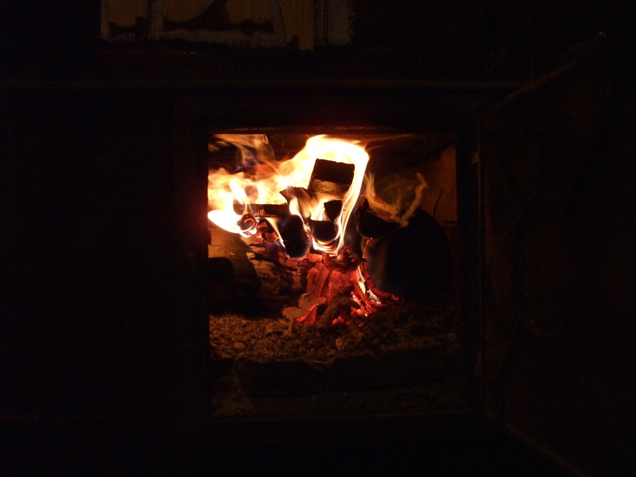 rural fireplace fireplace fire free photo