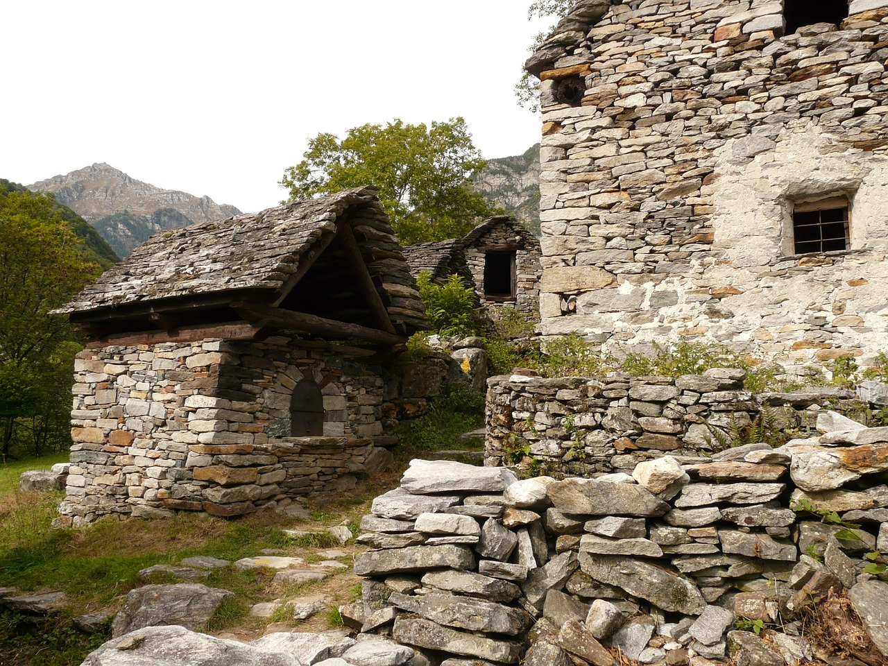 rustico stone house country house free picture