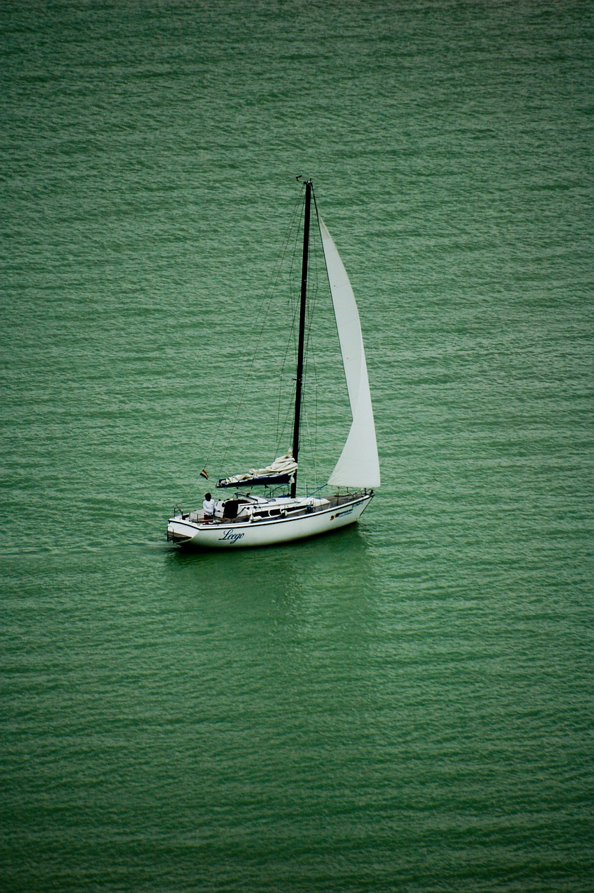 sailing lake balaton sailing boat free photo