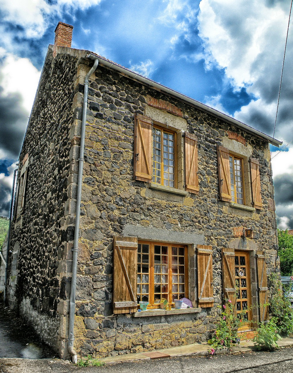 saillant france house free photo