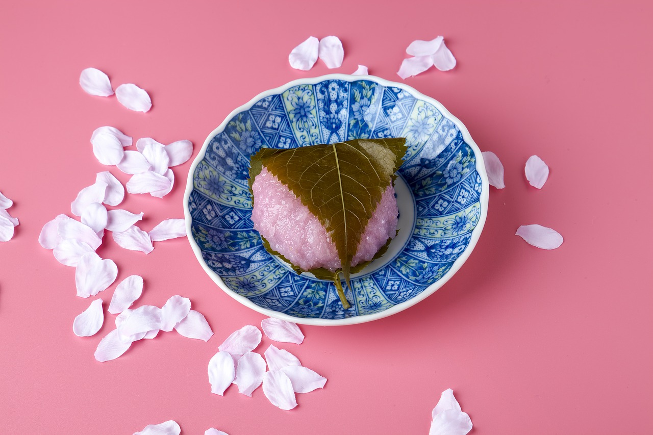 sakuramochi japanese-style confection pink free photo