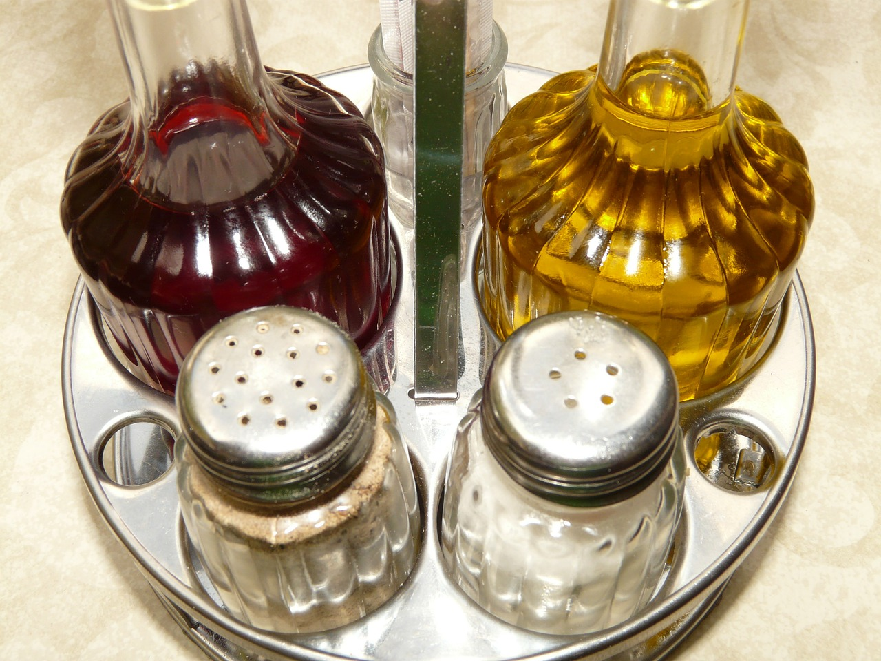 salt pepper vinegar free picture