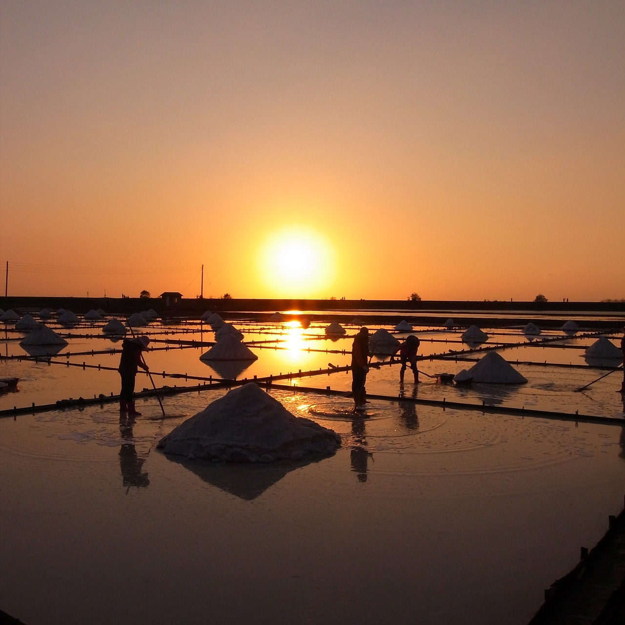 salt pan sunset sky free photo