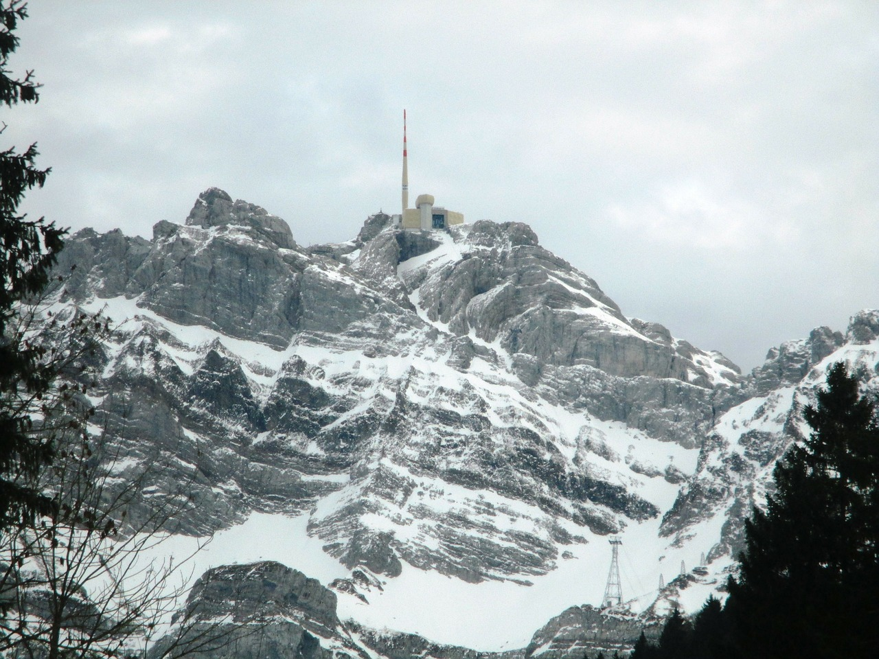 säntis,switzerland,switzerland säntis,cell towers,winter,mountains,swiss alps,snow,rock,more,free pictures, free photos, free images, royalty free, free illustrations, public domain