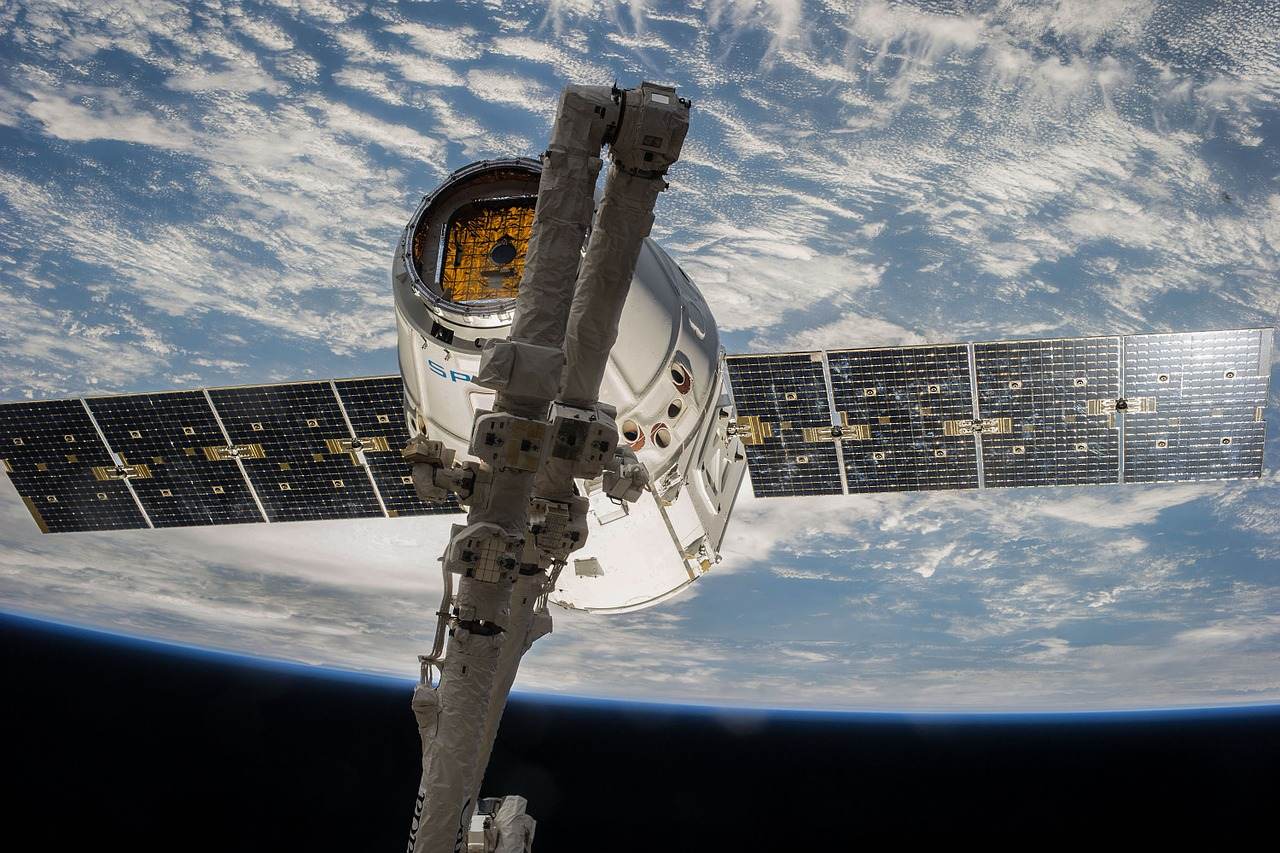 satellite orbit spacex free photo