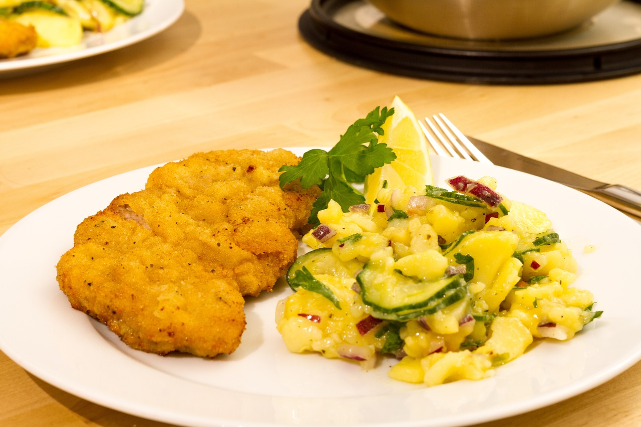 schnitzel potato salad eat free photo