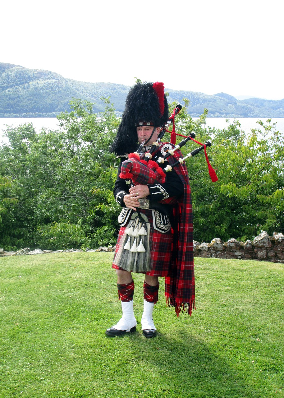 scotland bagpipes instrument free photo