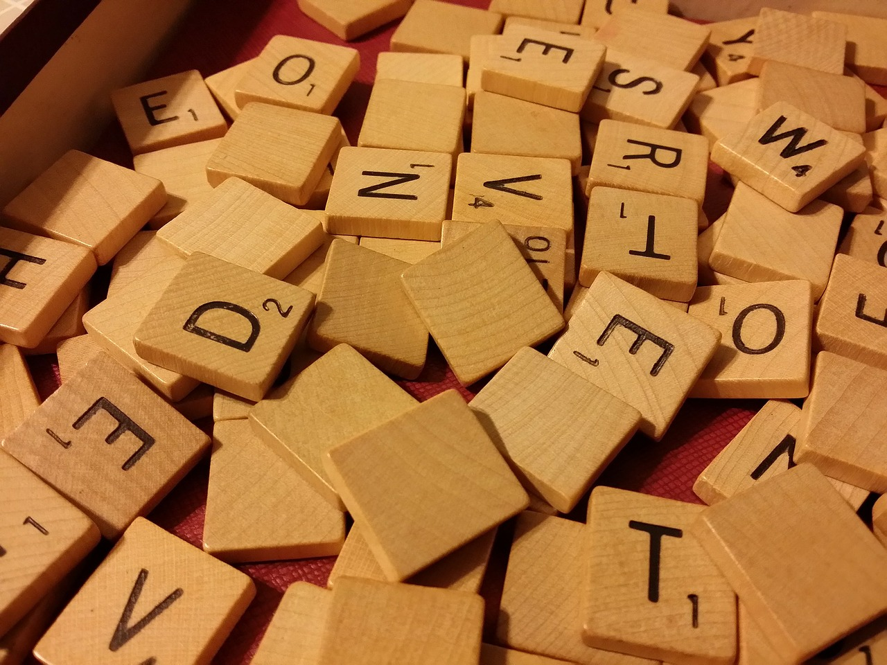 scrabble,game,board game,words,letters,puzzle,activity,fun,leisure,recreation,recreational,play,playing,competition,free pictures, free photos, free images, royalty free, free illustrations, public domain
