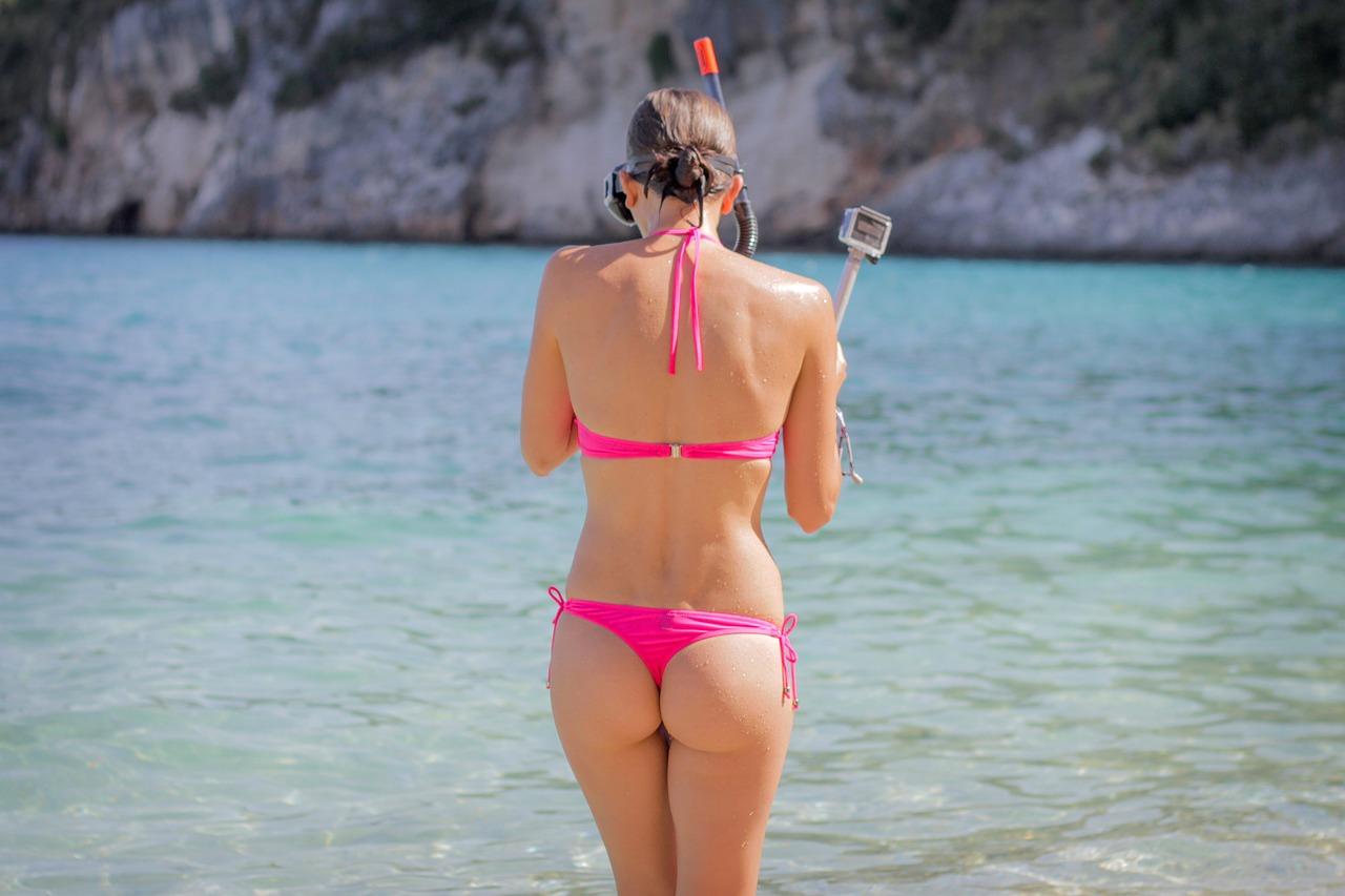 Tara sutaria is missing the beach life, shares a bikini