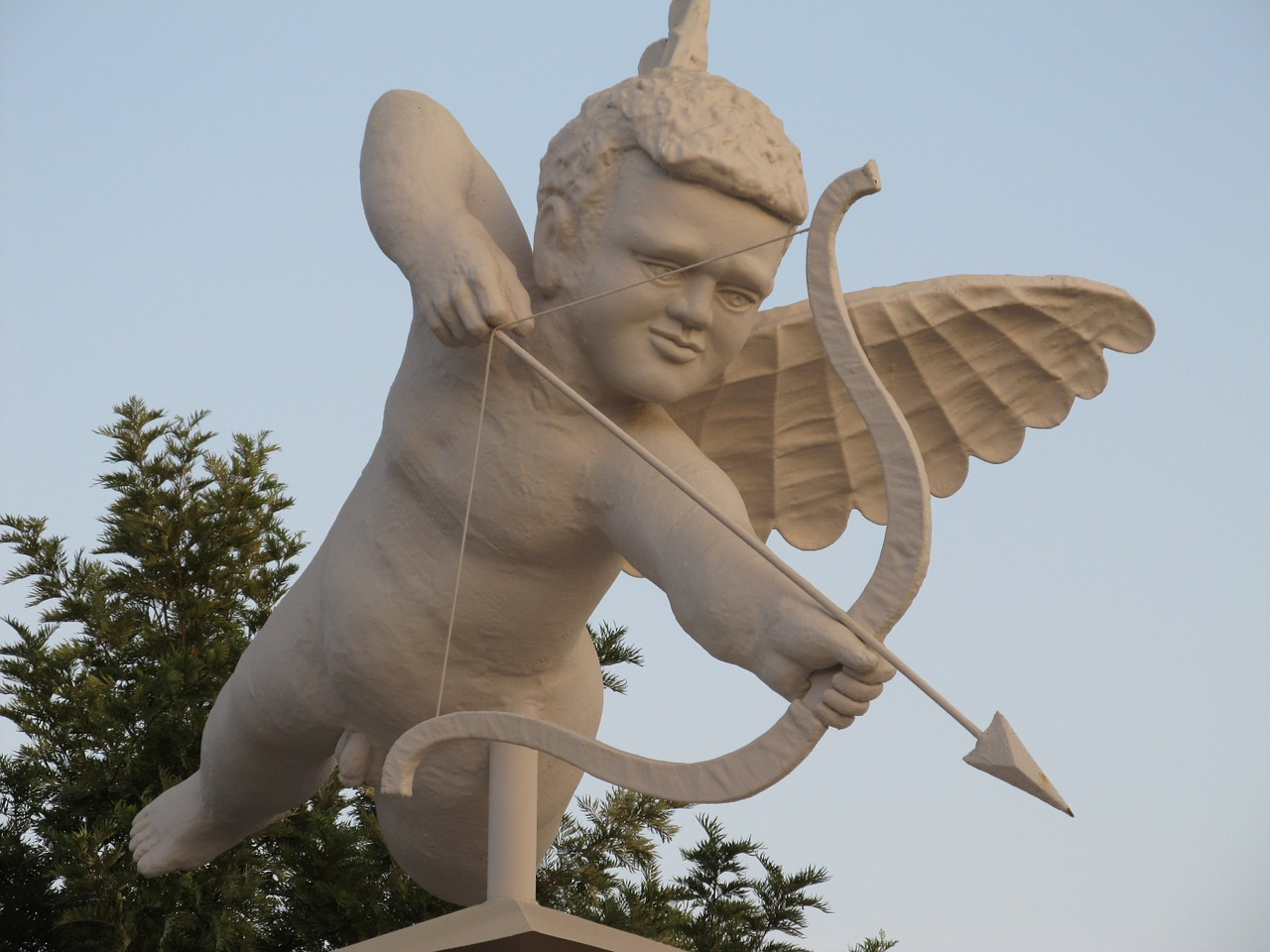 sculpture shooter cupid free photo