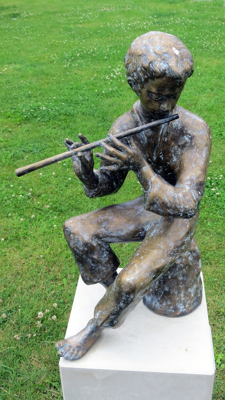 sculpture music players free photo