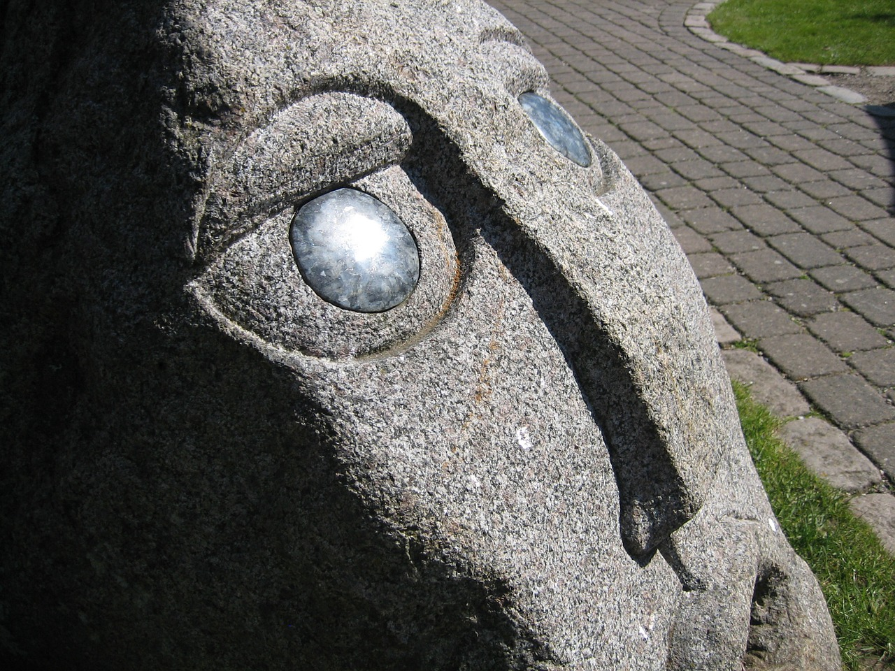 sculpture face stone free photo