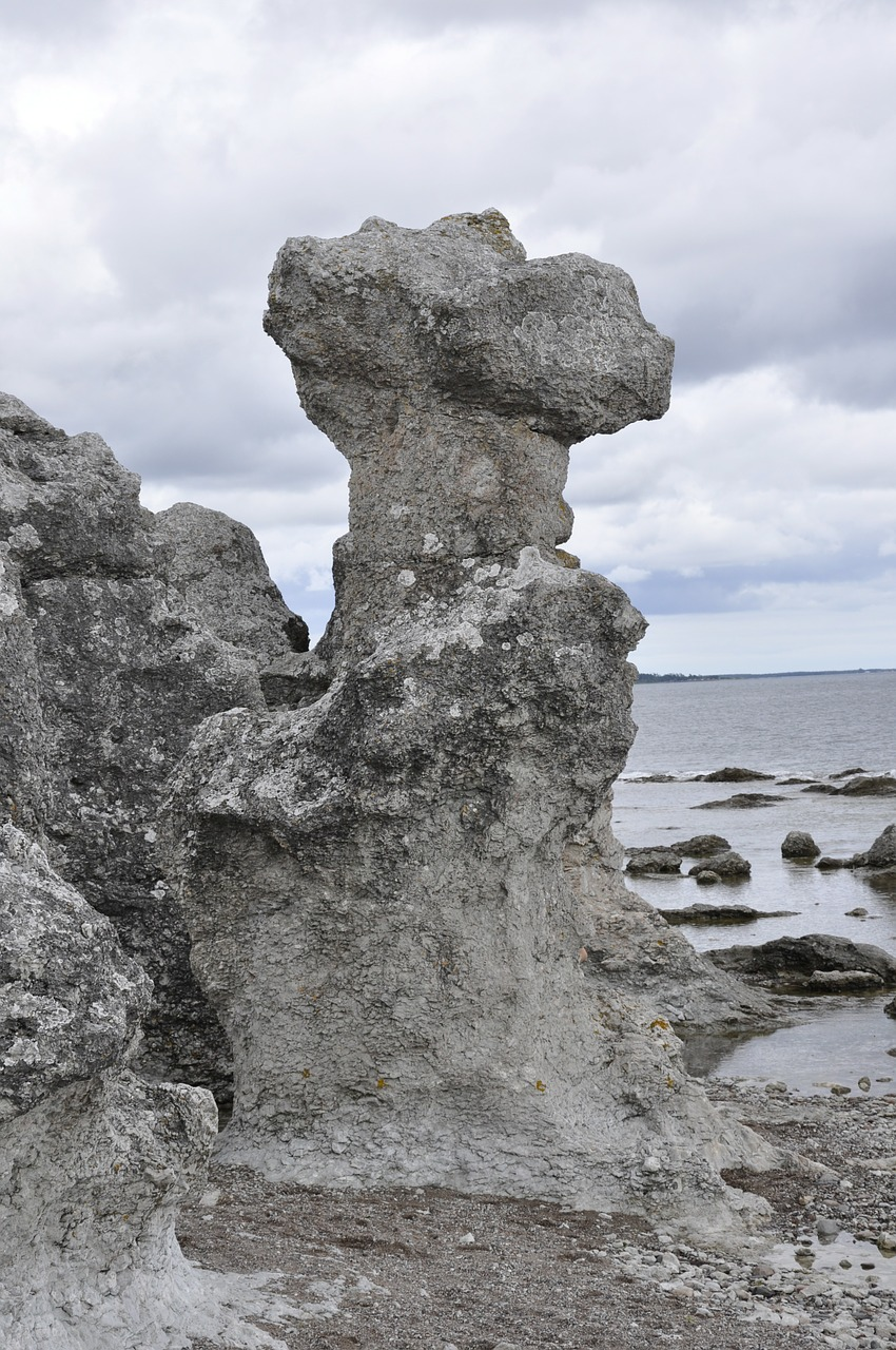 sea stack gotland stone free photo