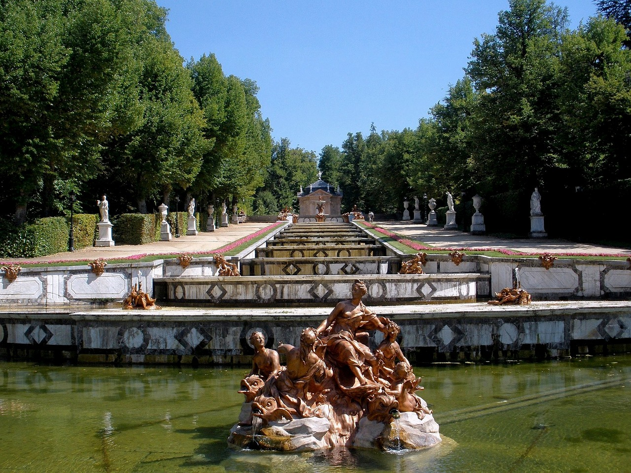 segovia spain fountain free photo