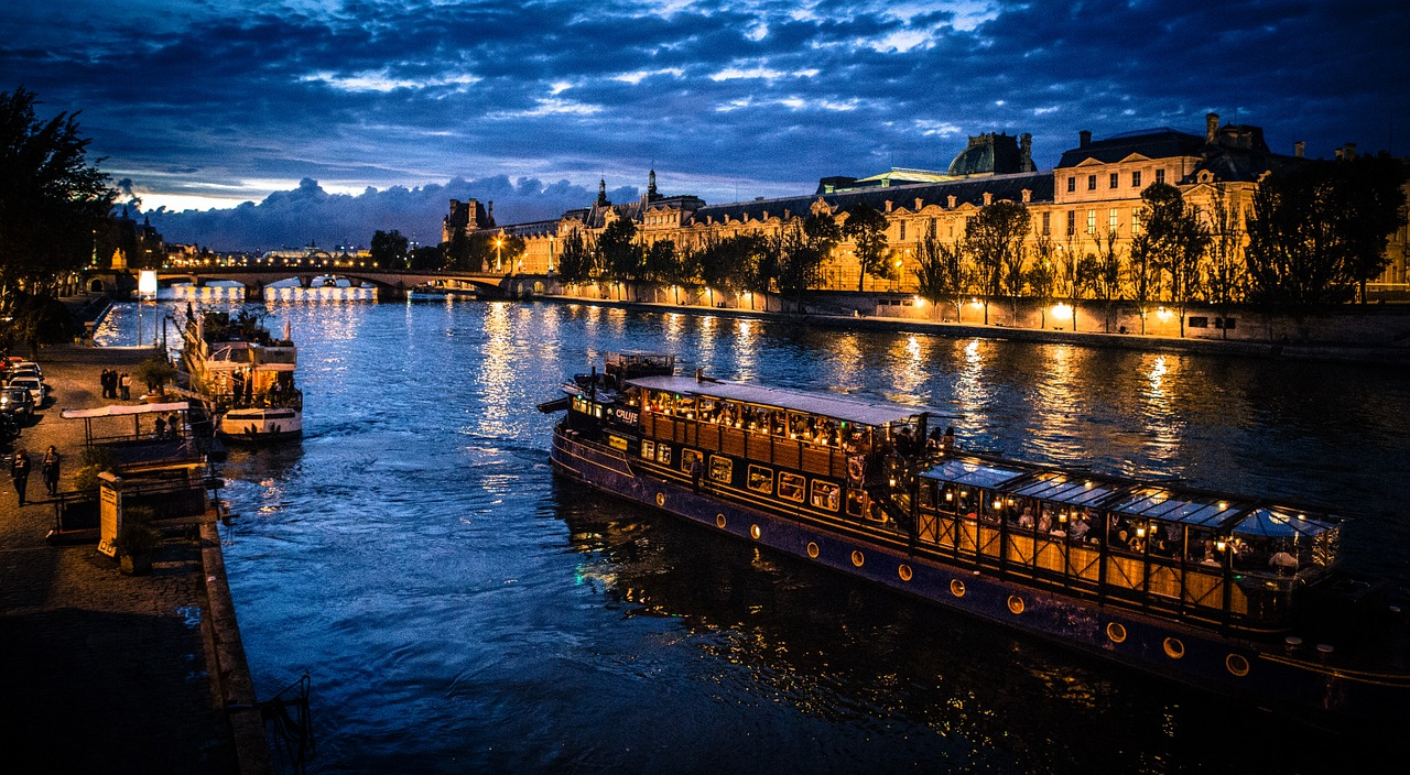 seine,boat,paris,free pictures, free photos, free images, royalty free, free illustrations, public domain