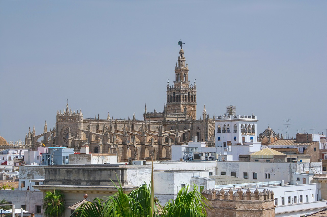 seville spain cathedral free photo