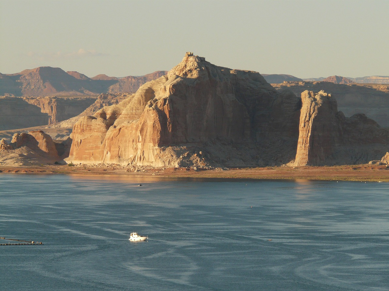 ship boot lake powell free photo