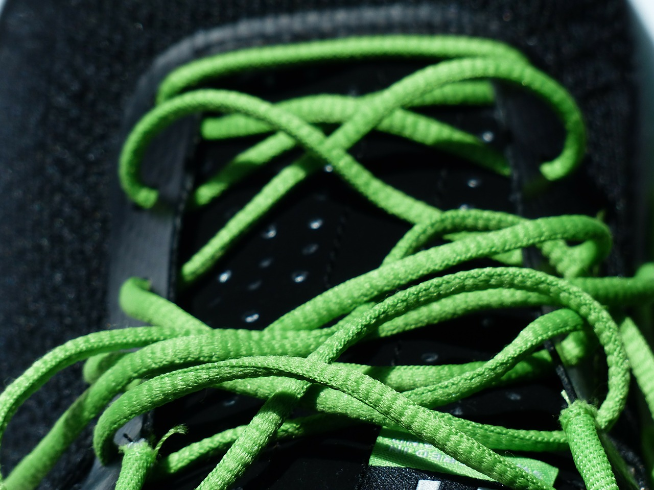 shoelaces lacing green free photo