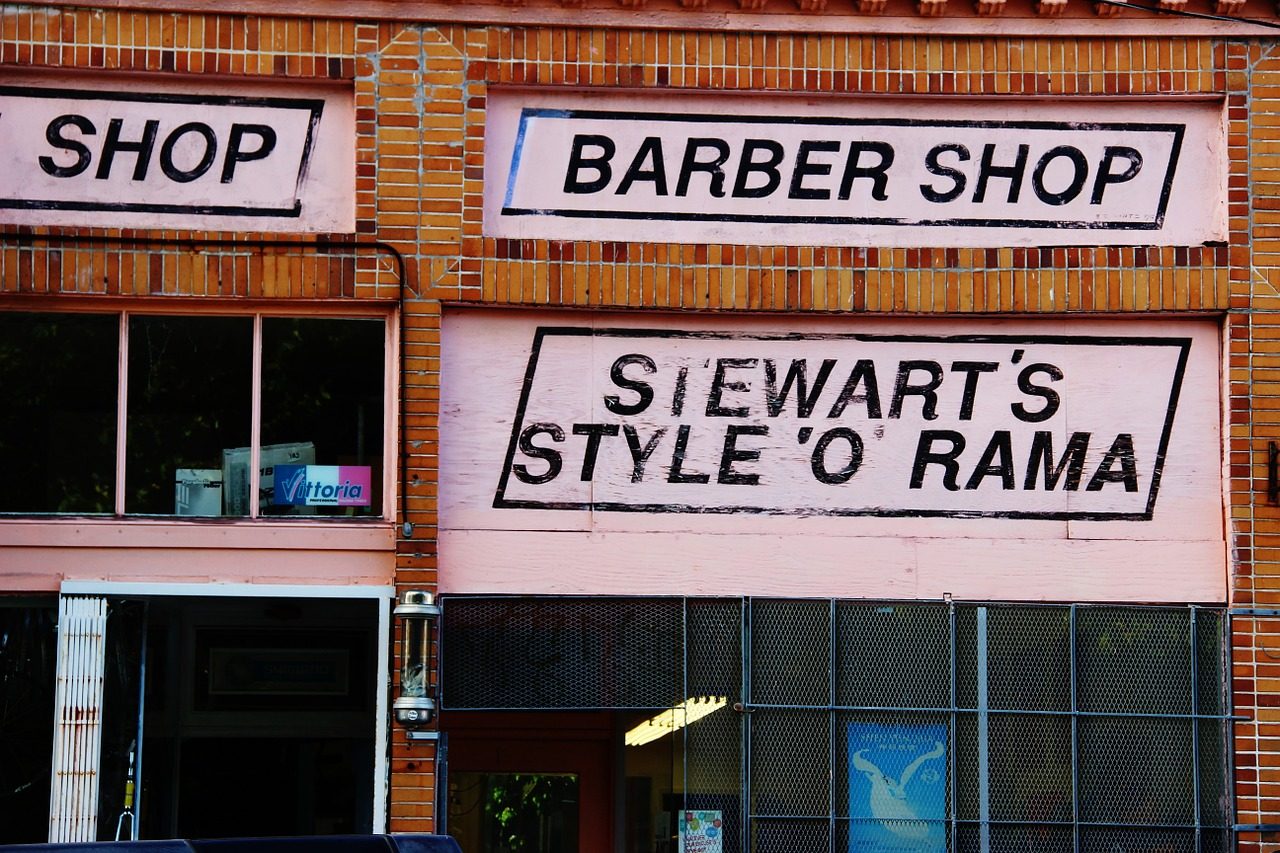 shop,barber,street,urban,barber shop,barbershop,old,bricks,retro,salon,cityscape,free pictures, free photos, free images, royalty free, free illustrations, public domain