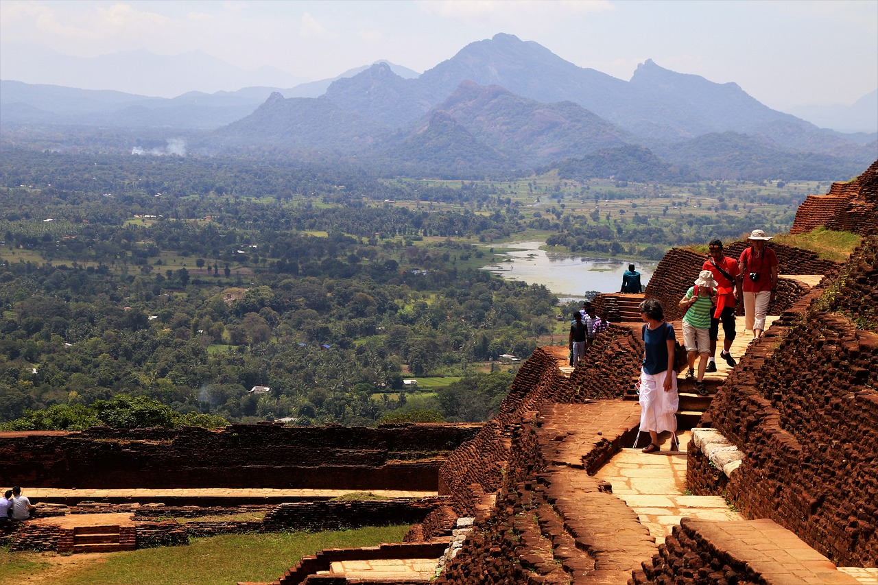 sigiriya sri lanka mountain free photo