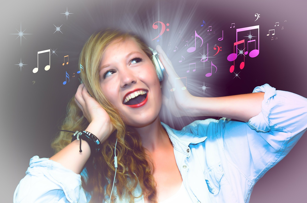 singer karaoke girl free photo