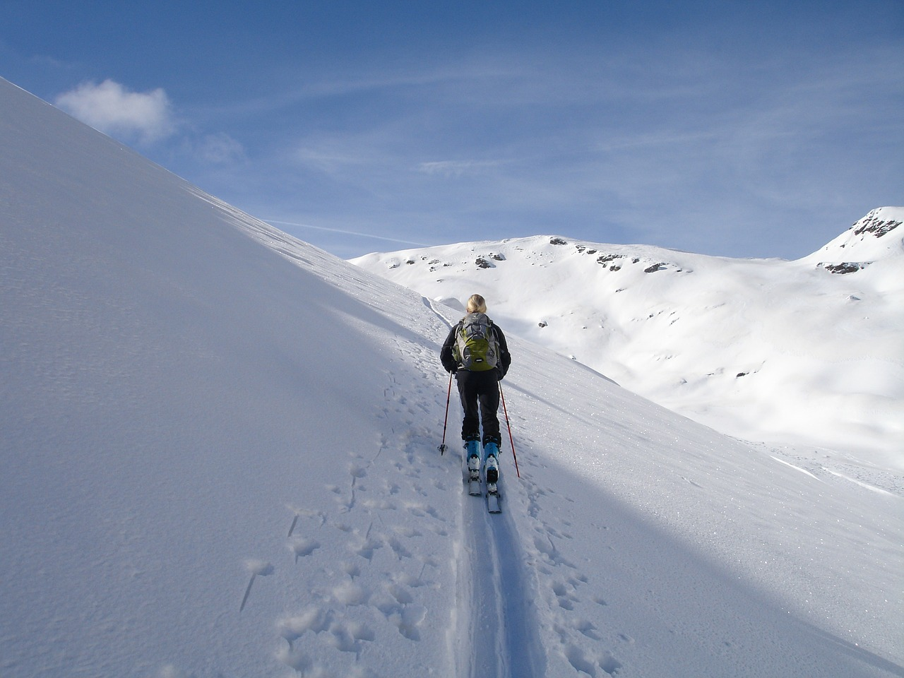 backcountry skiiing ski touring skiing free photo