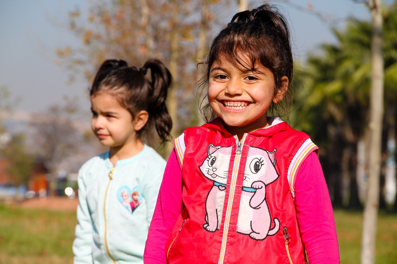 smiley girl,smiley girls,the crying,smiley,crying girls,kids playing,girl,female child,smile,portrait,candy,child,face,children,babies,the innocence,stand alone,nature,people,baby,human,boy,laugh,single,pretty girl,beautiful girl,beautiful girls,pretty boy,free pictures, free photos, free images, royalty free, free illustrations