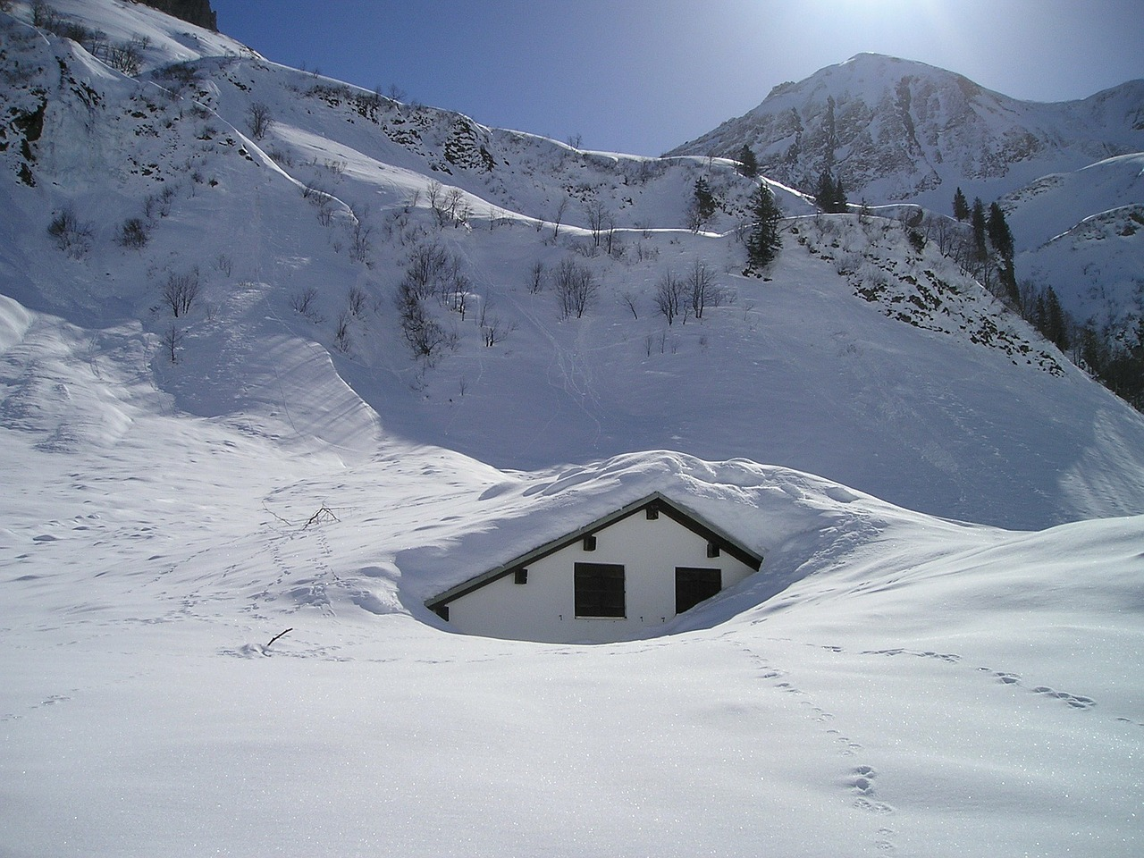 snow mountains hut free photo