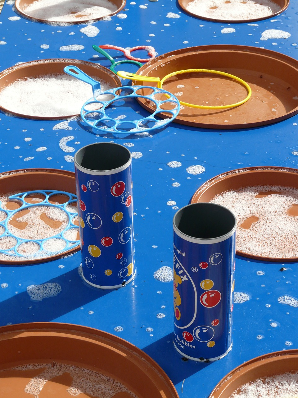 soap bubbles bubble production bubble table free photo