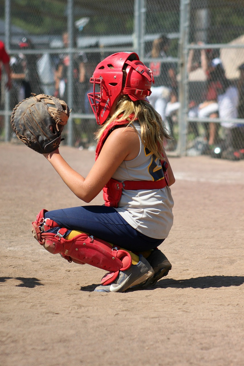 softball catcher girl free picture