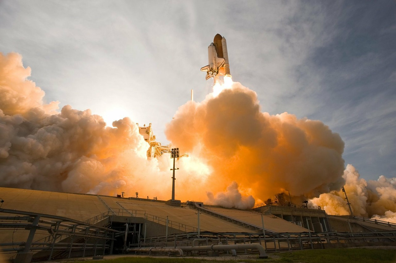 space shuttle lift-off liftoff free photo