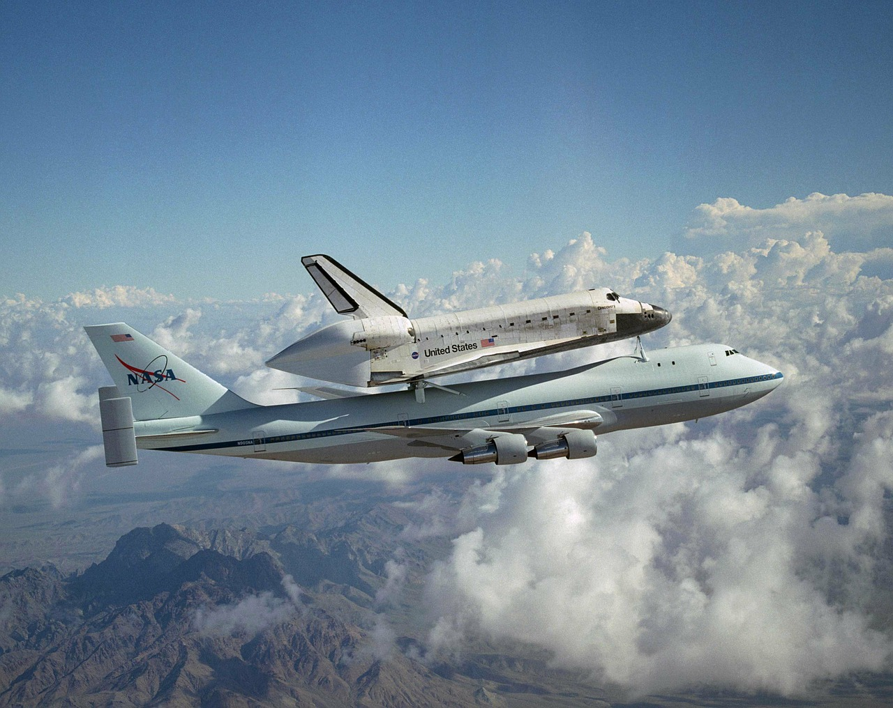 space shuttle nasa aerospace free photo