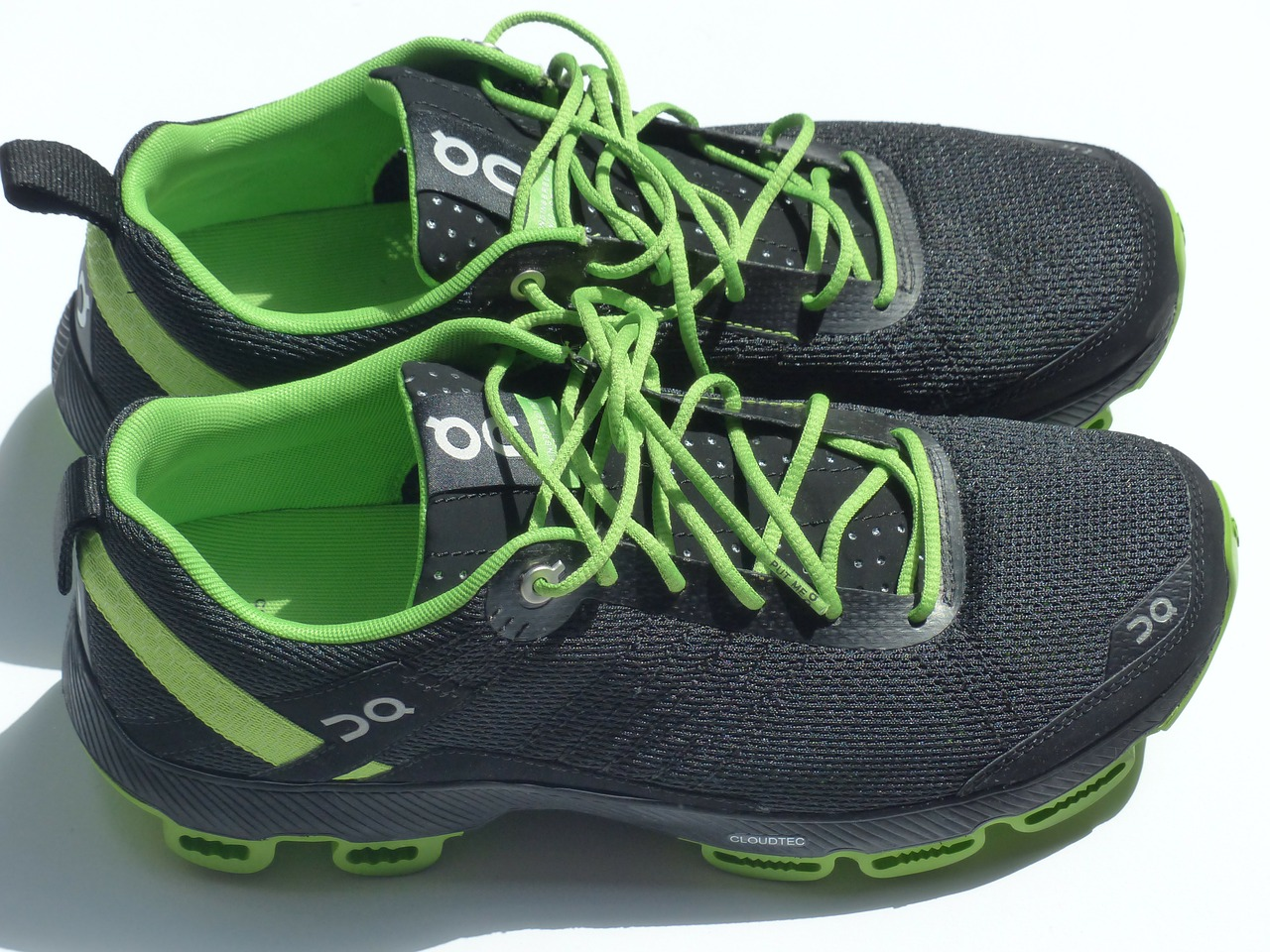 sports shoes running shoes sneakers free photo