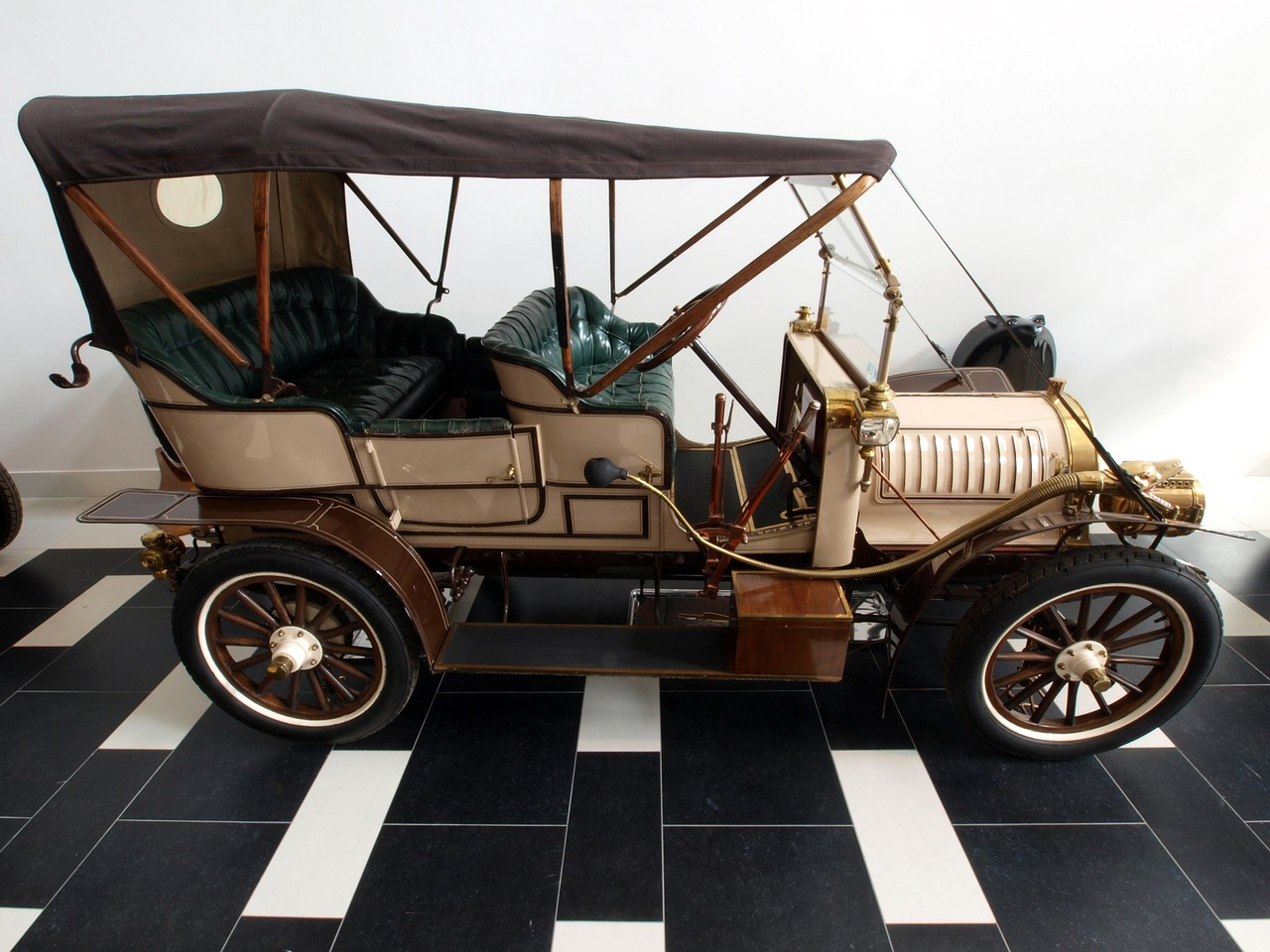 spyker 1907 car automobile free photo