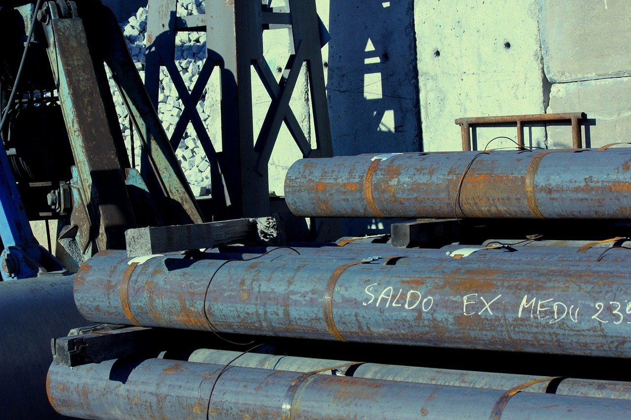 steel,port warehouse,pipes,free pictures, free photos, free images, royalty free, free illustrations, public domain