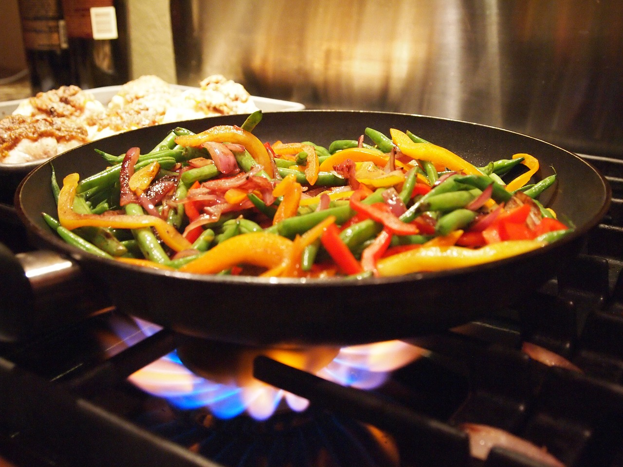 stir fry cooking healthy free photo