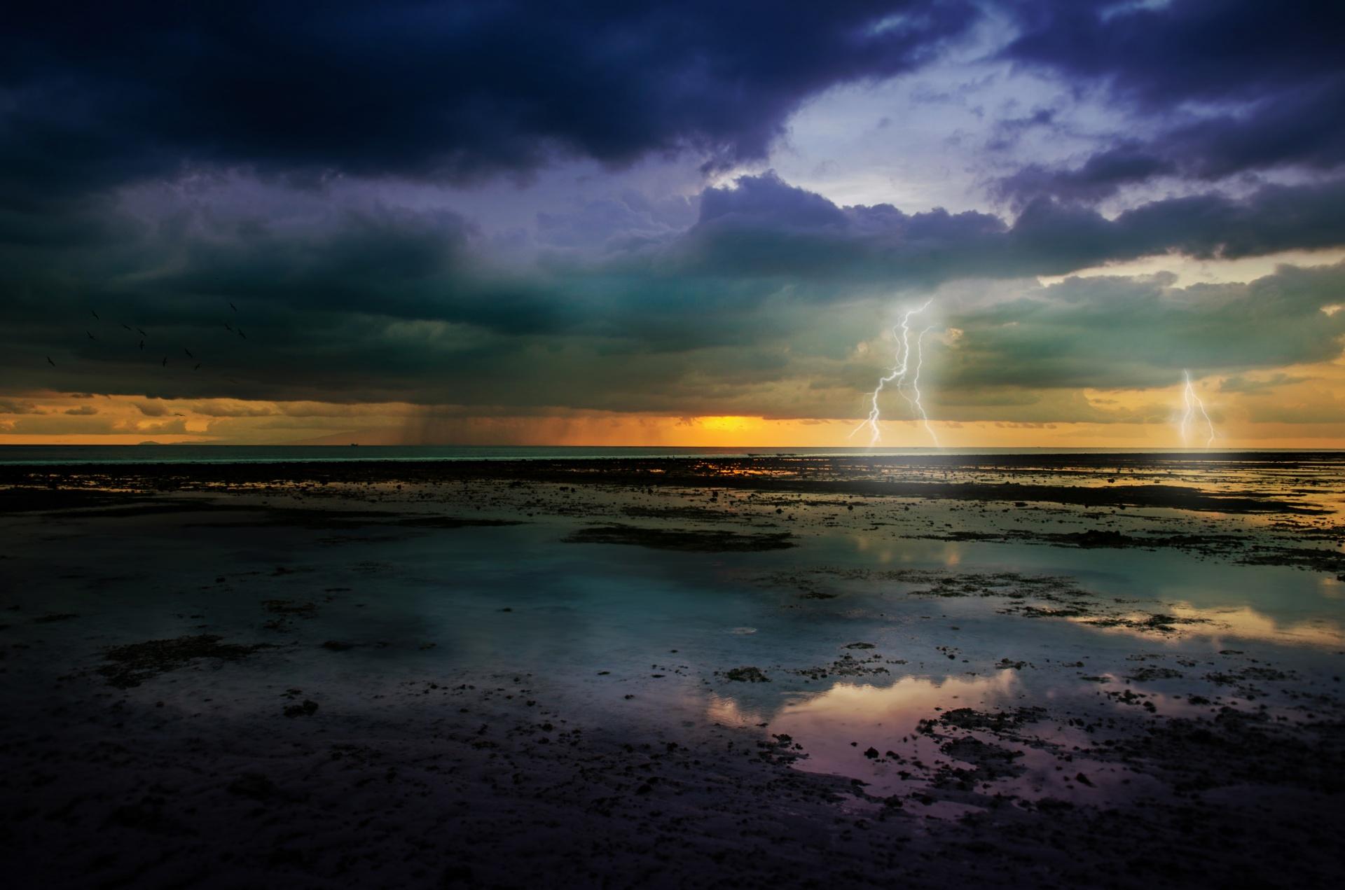 Ocean,storm,lightning,sea,shore - free image from needpix.com